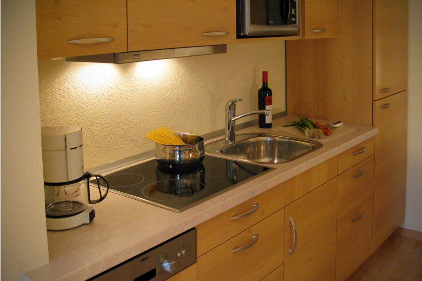 Ferienwohnung Pircher-Maes vollausgestattete Küche im App Bergblick