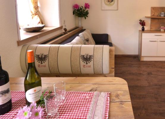 Blick in die Wohnküche Appartement Tirol